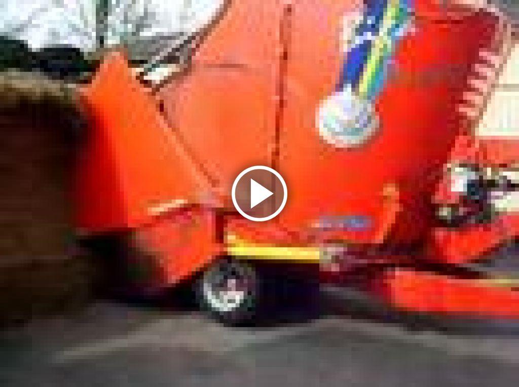 Wideo John Deere 6220
