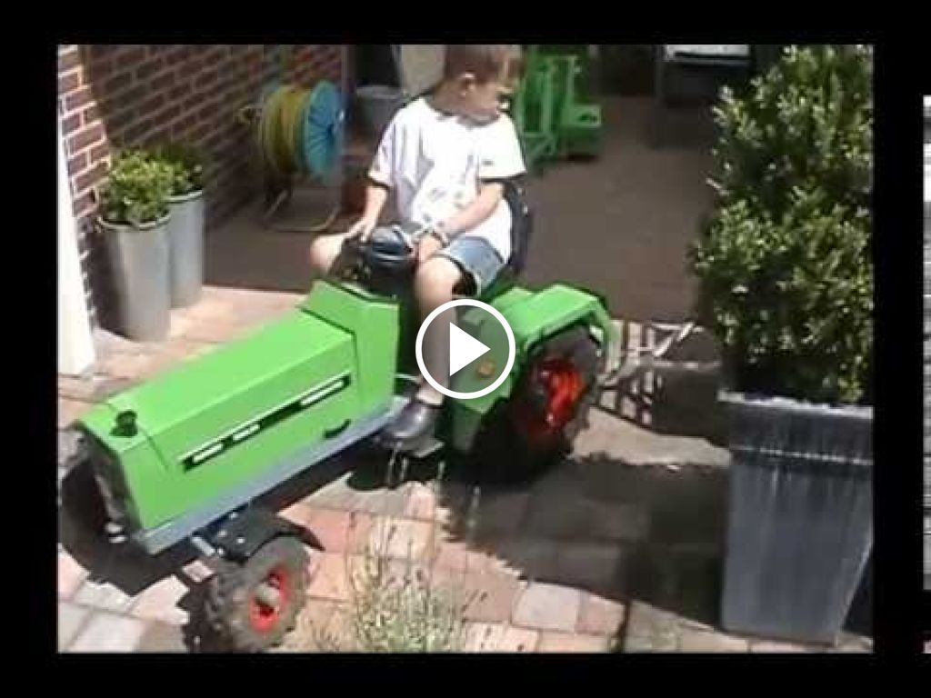 Video Fendt 309 LSA