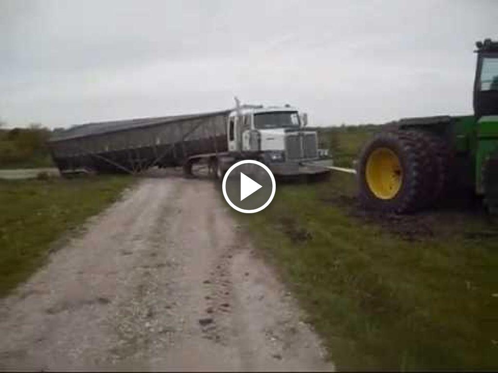 Video John Deere 8770