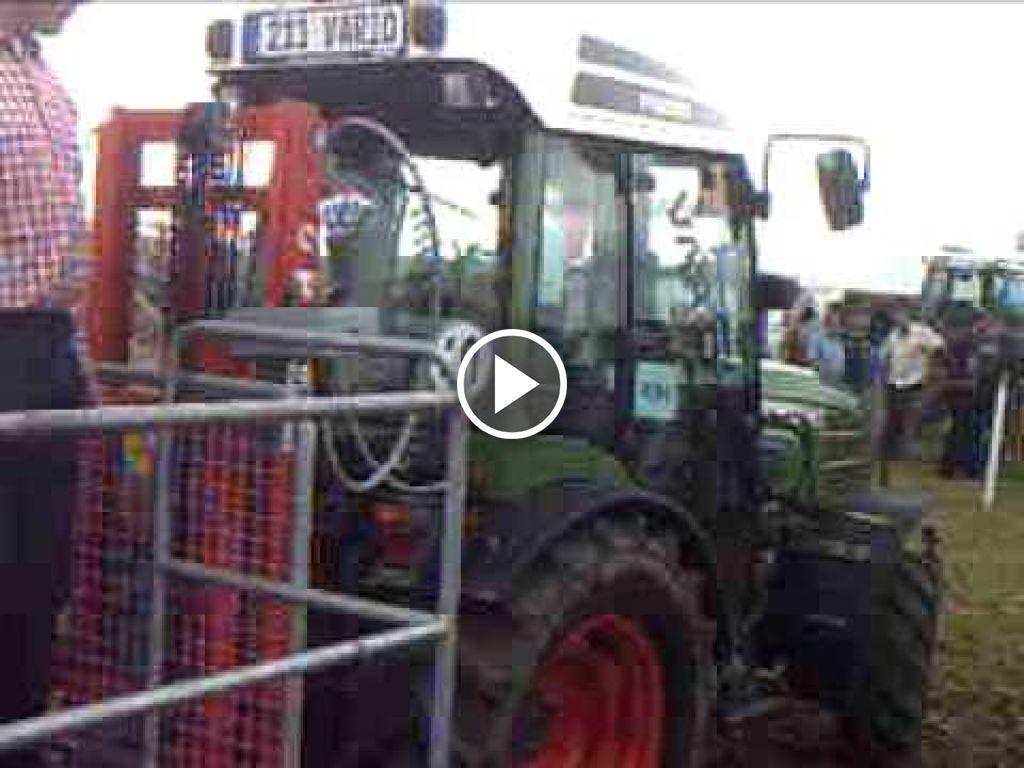 Video Fendt 211 V