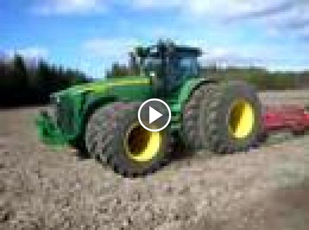 Video John Deere 8530