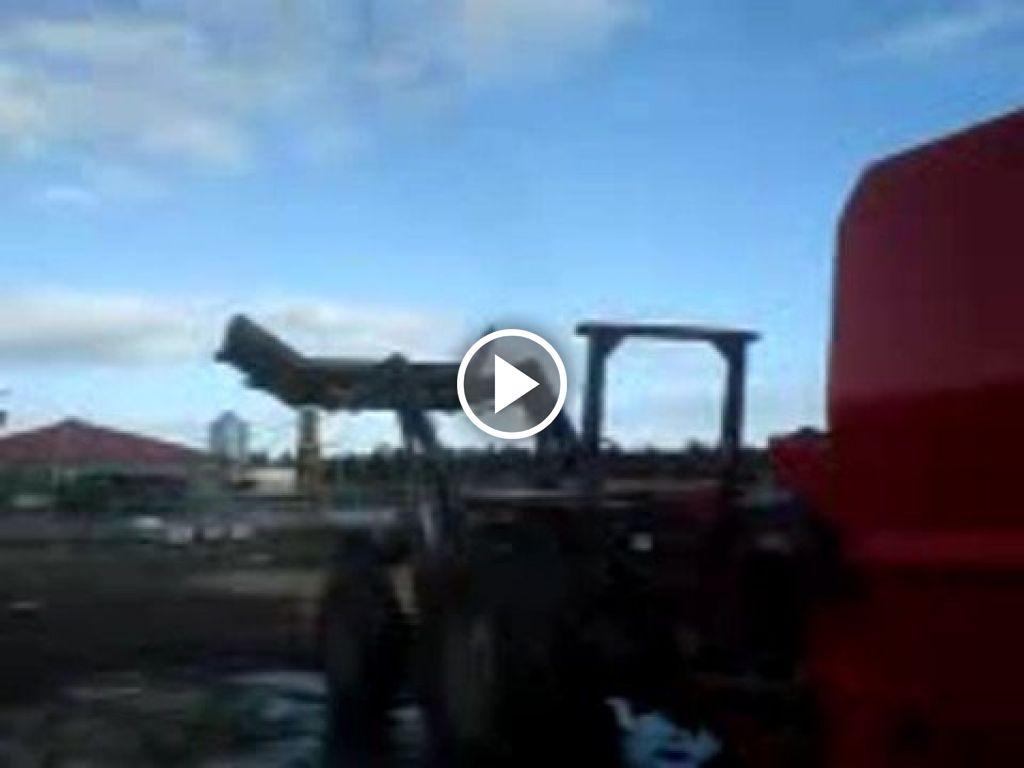 Vidéo Massey Ferguson 362