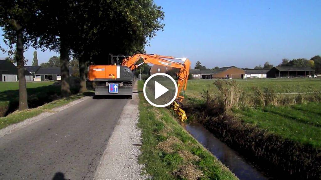 Wideo Hitachi Zaxis 140W
