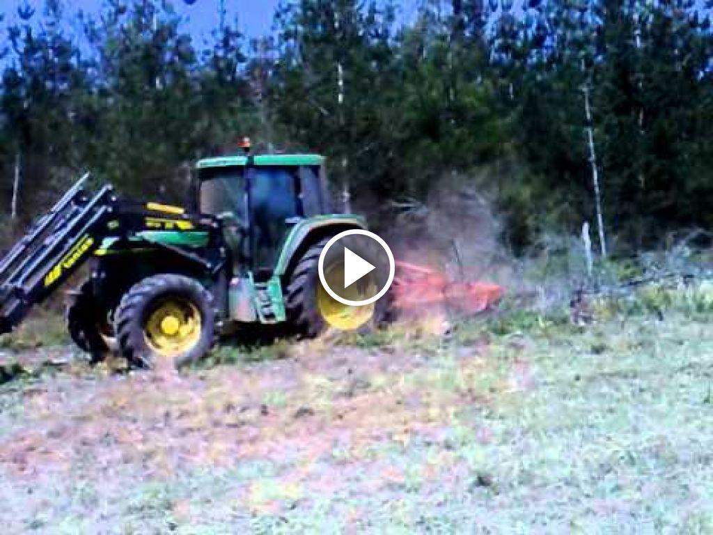 Video John Deere 6810