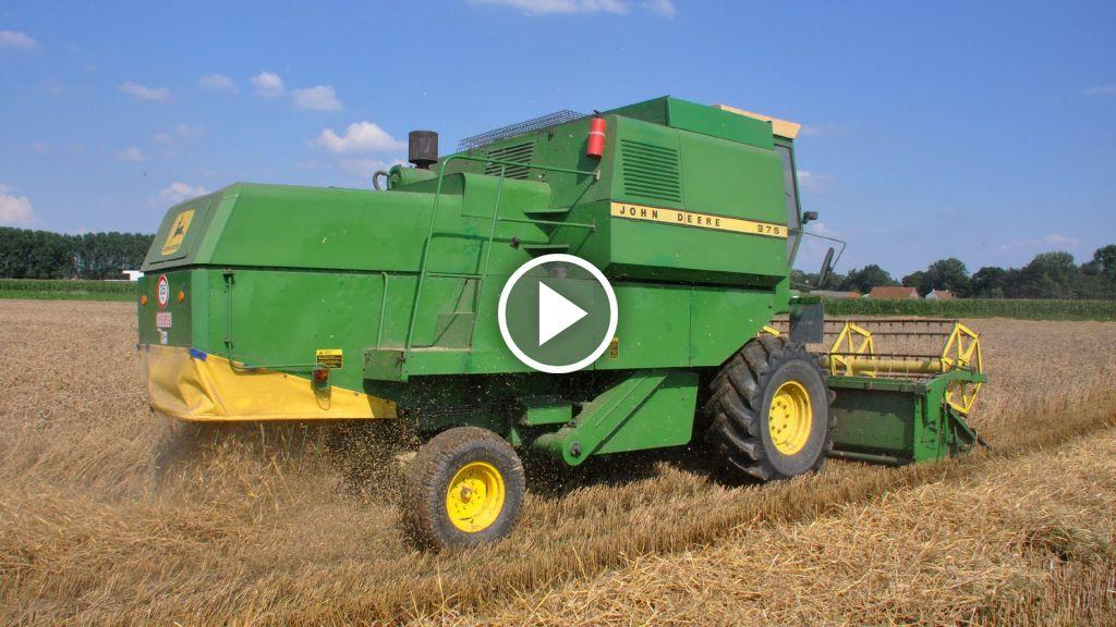 Wideo John Deere 975