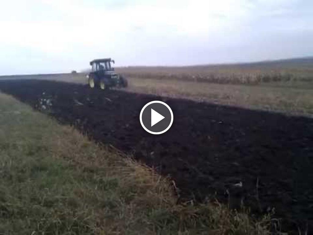 Wideo John Deere 2450