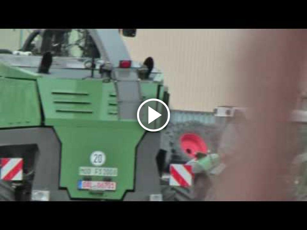 Wideo Fendt Hakselaar