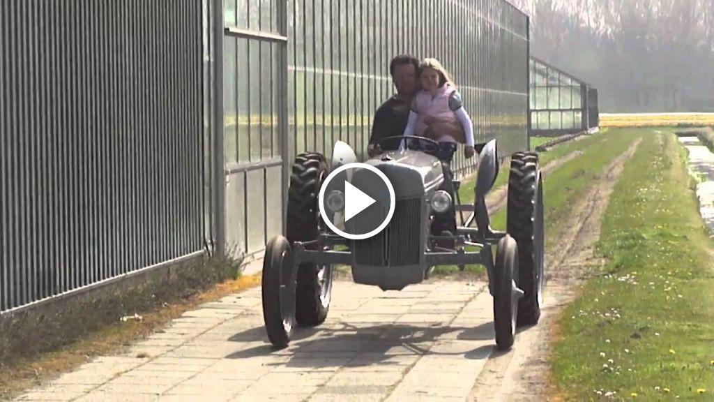 Vidéo Ford 2N