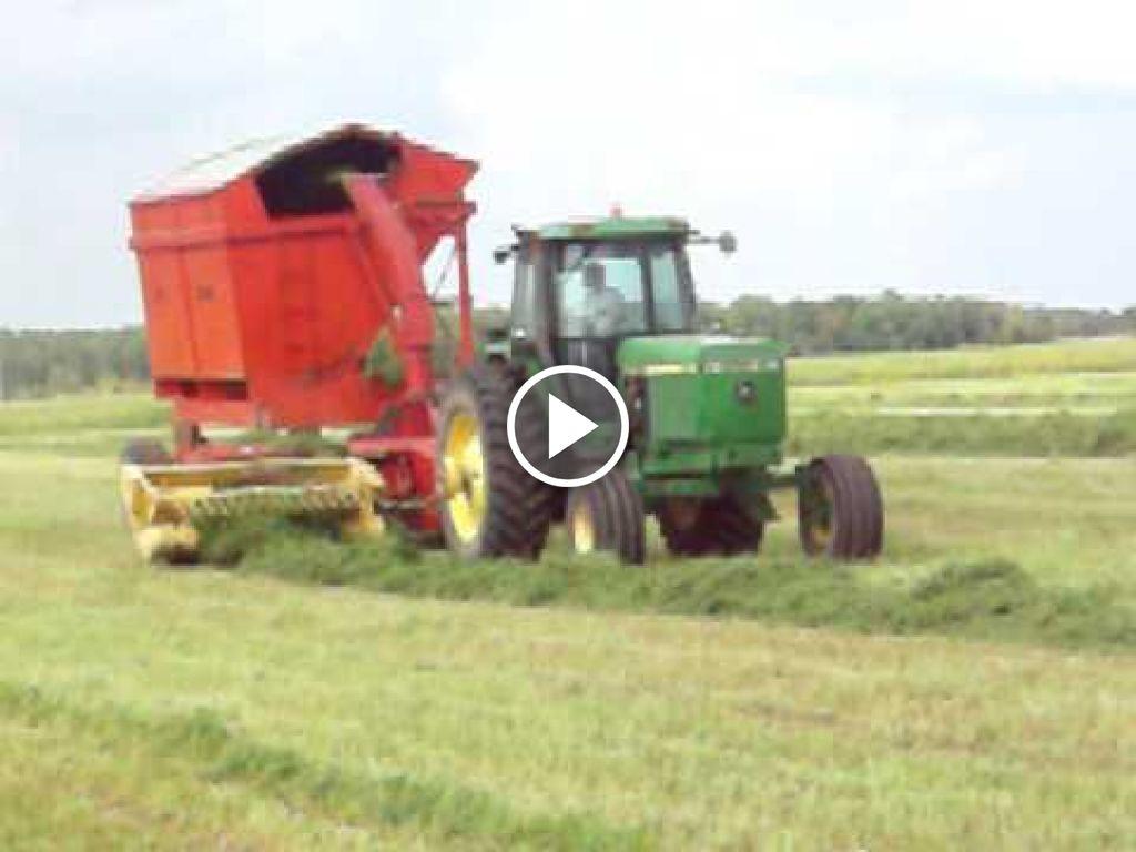 Video John Deere 4760