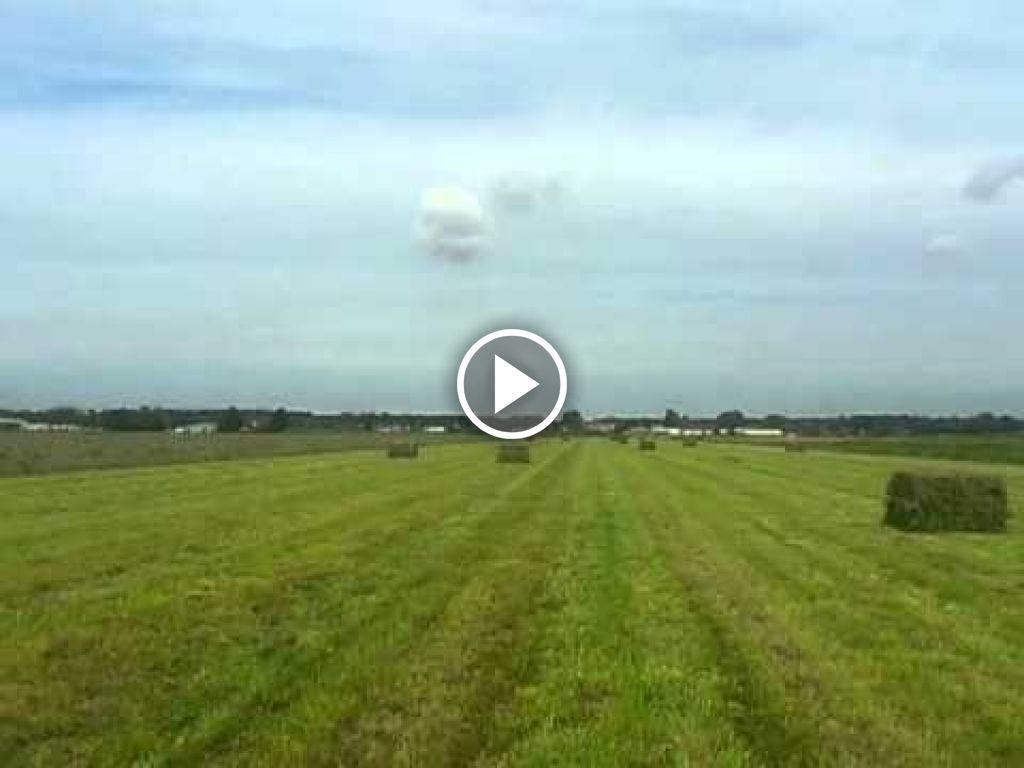 Vidéo New Holland M 160