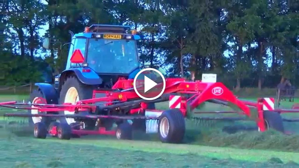 Video New Holland 6640