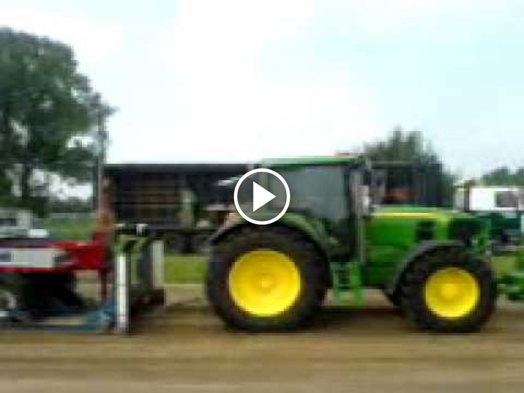 Video John Deere 6630