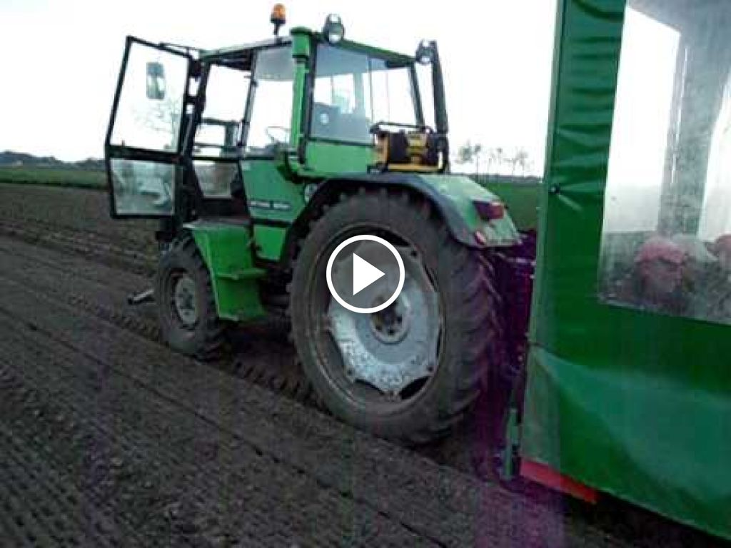 Video Deutz-Fahr Intrac 2004