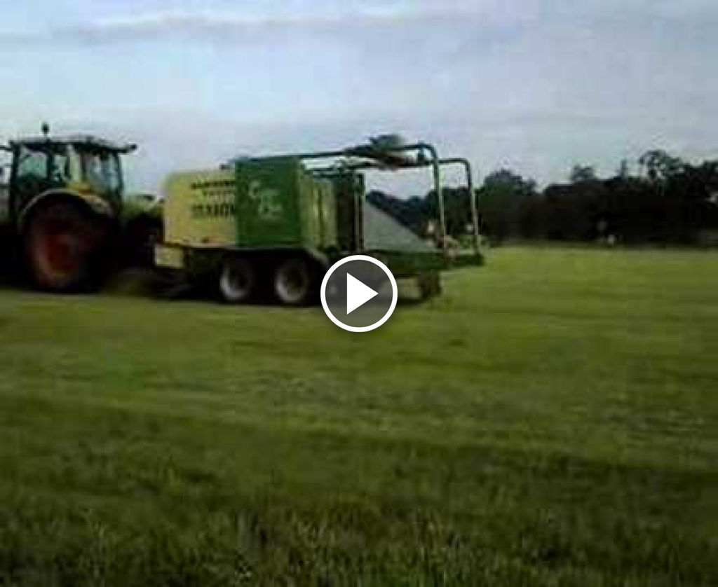 Video Claas Ares 566 RZ