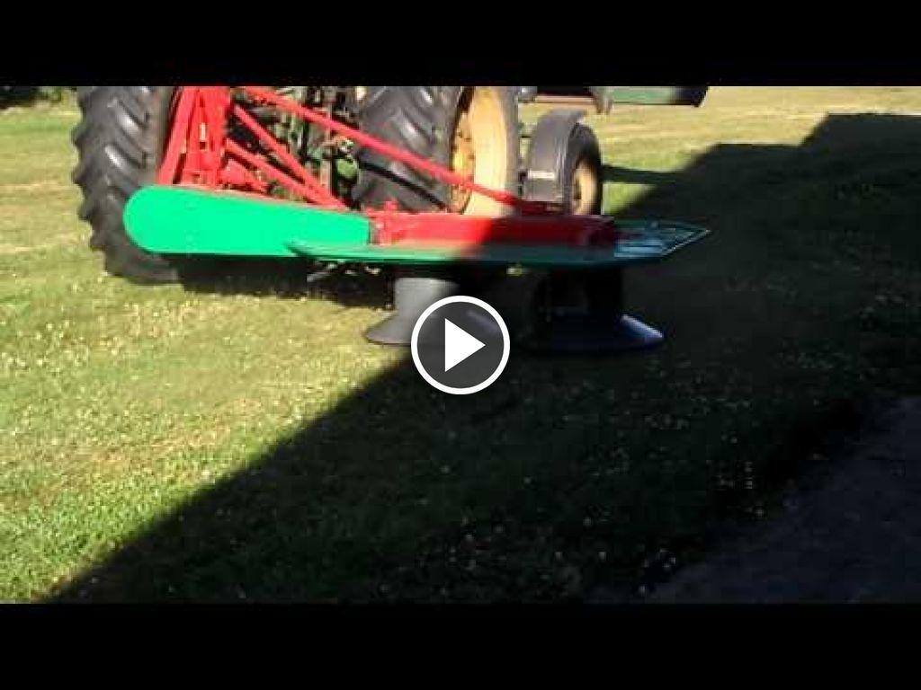 Video John Deere 1120