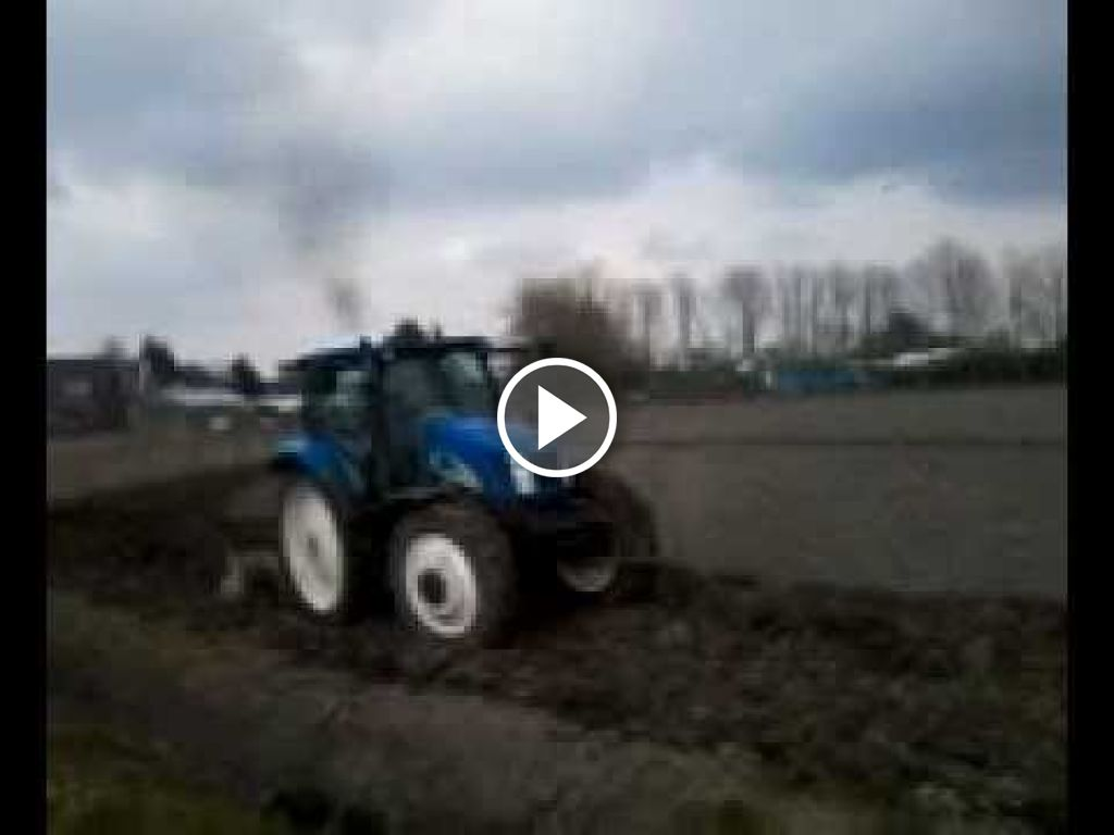 Video New Holland T 6010 Delta