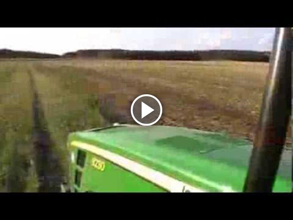 Video John Deere 8230