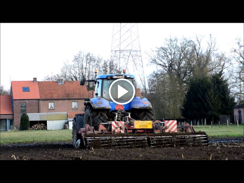 Video New Holland T 8030