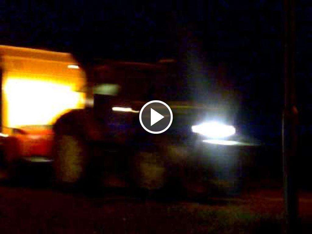 Wideo John Deere 6930