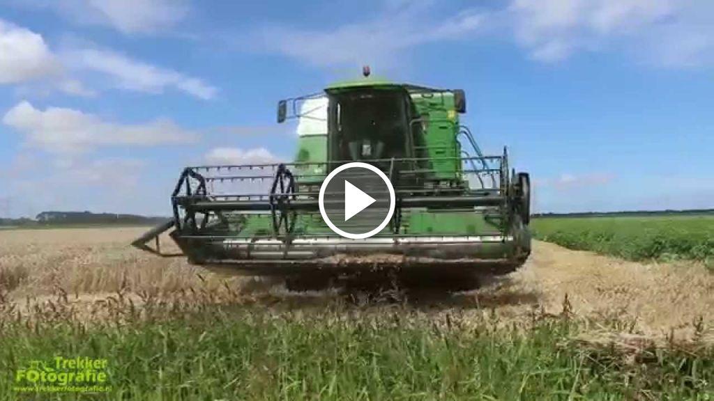 Wideo John Deere 2054