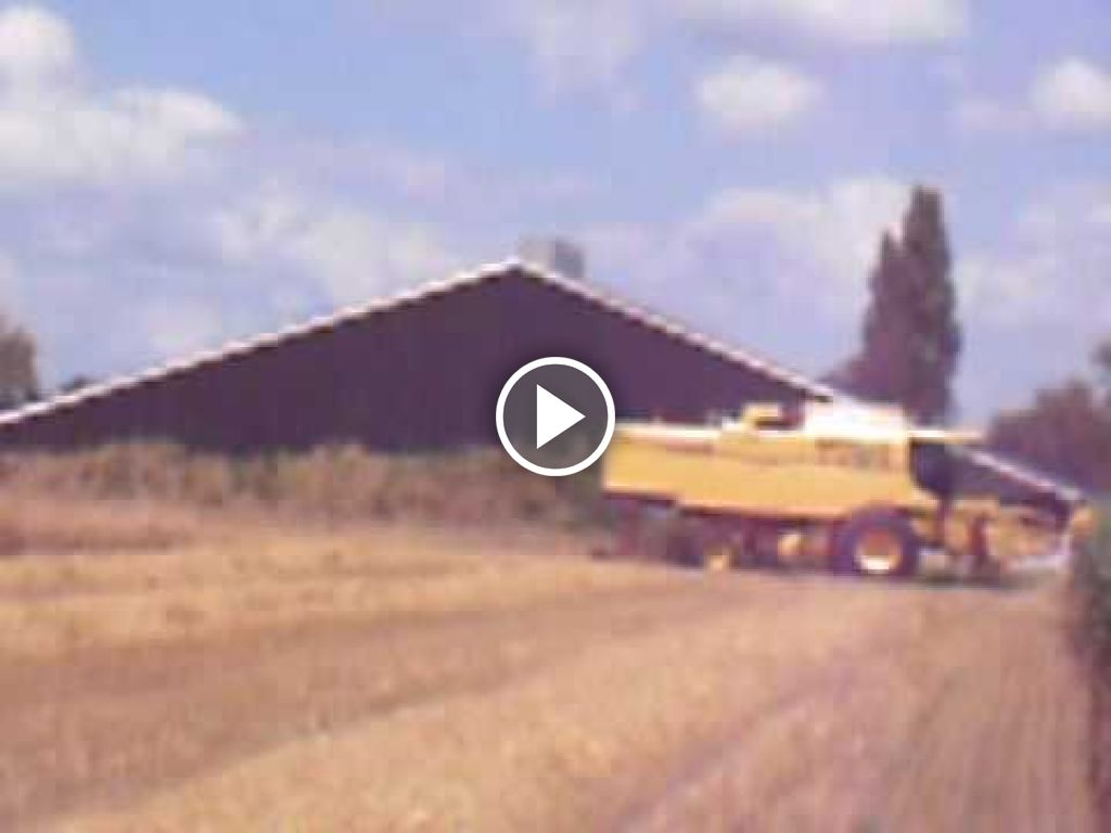 Video New Holland TX 64