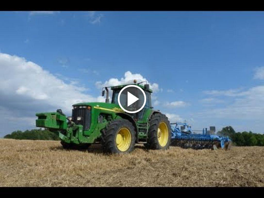 Video John Deere 8210