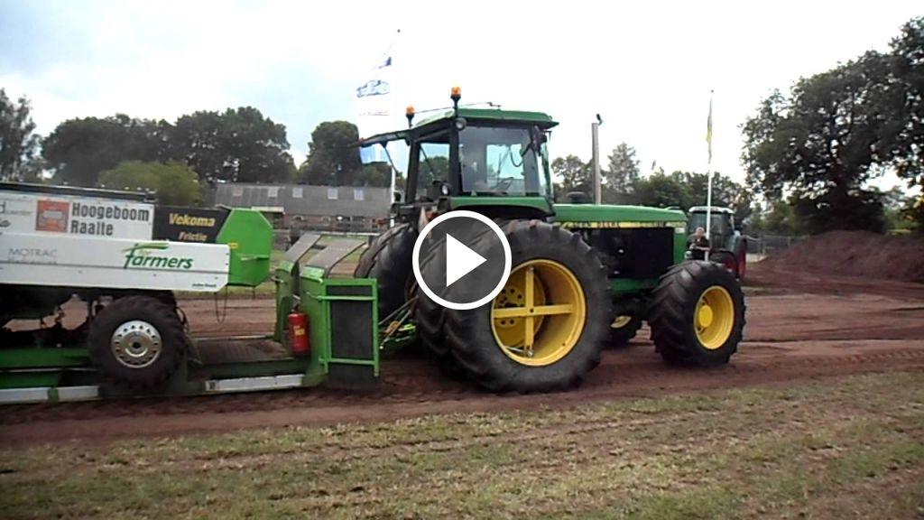 Wideo John Deere 4050
