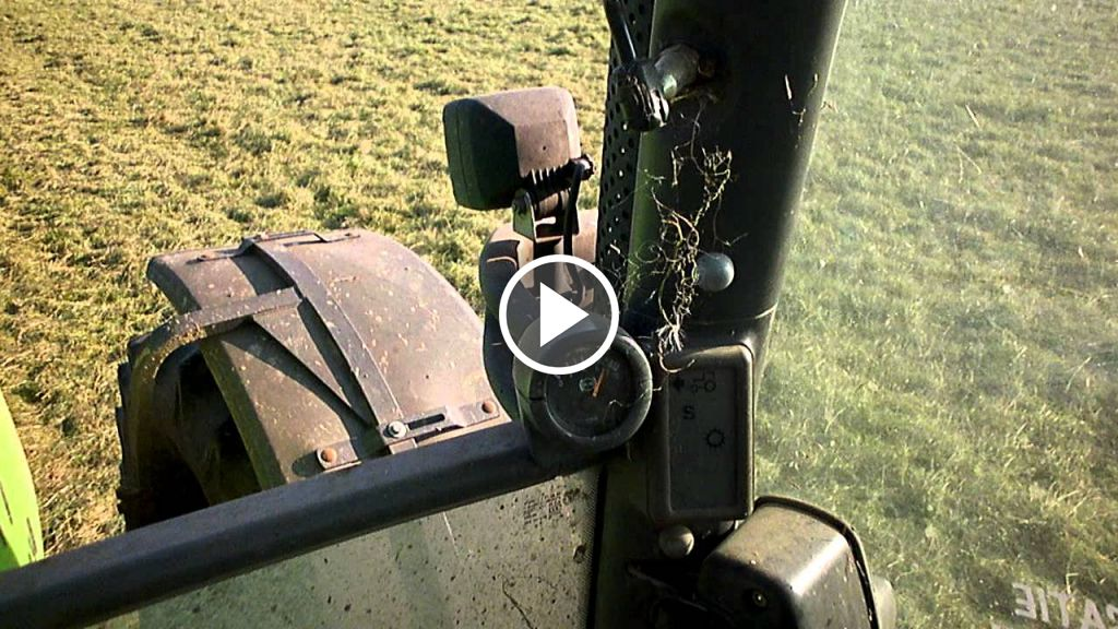 Video Deutz-Fahr Agrotron 230
