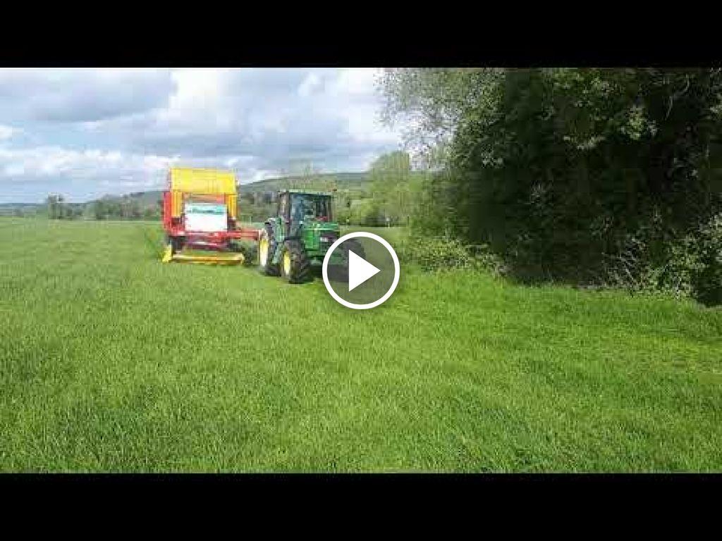 Wideo John Deere 6600