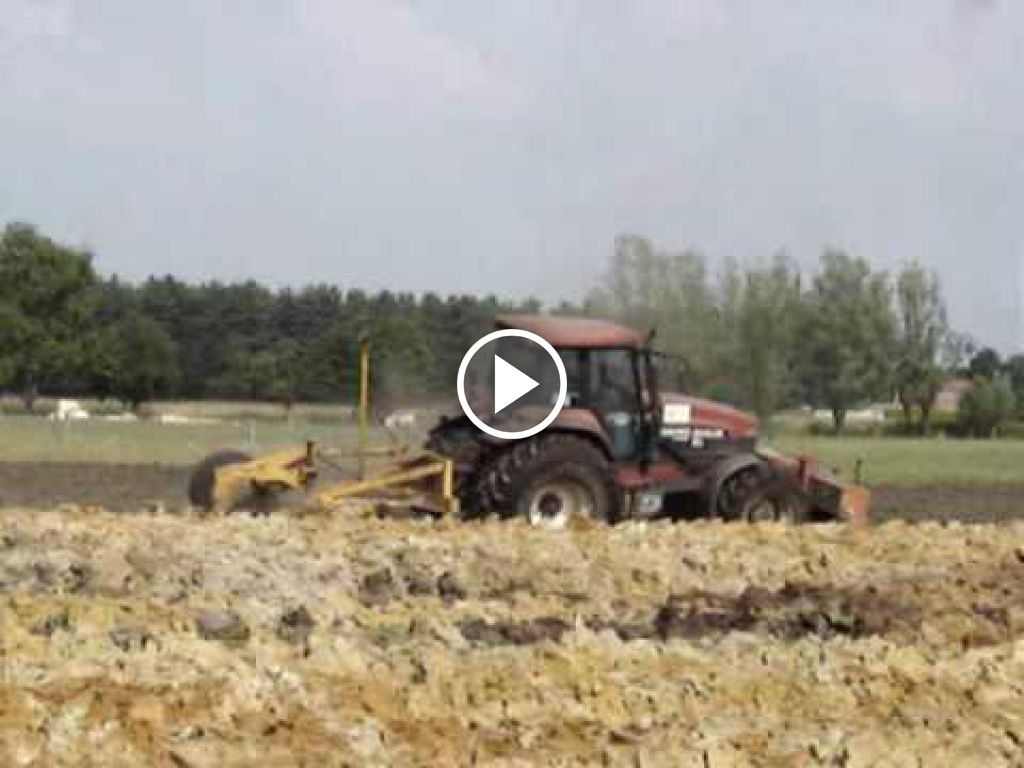 Video New Holland G 240