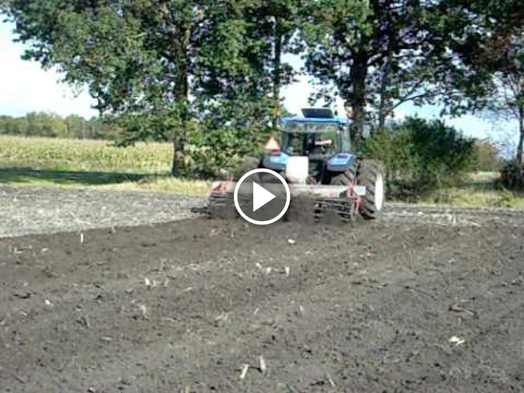 Video New Holland TL 90