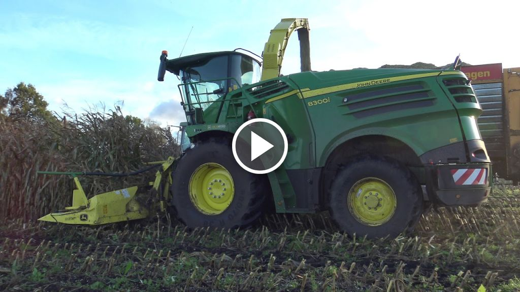Video John Deere 8300i