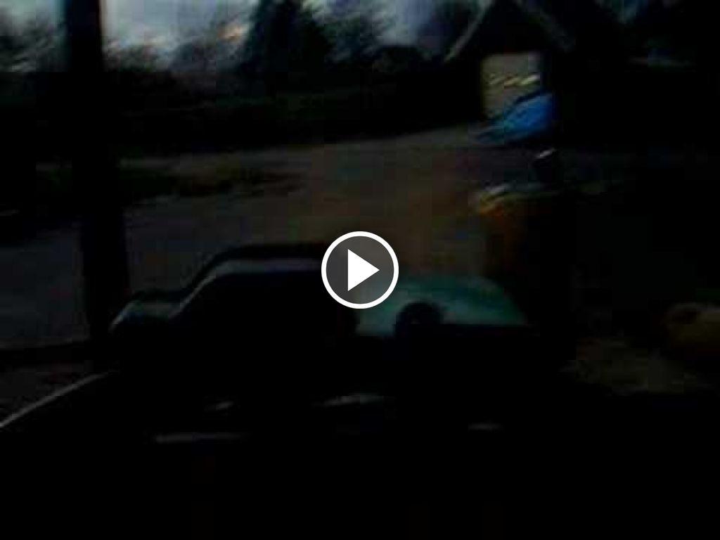Video John Deere 5400 (Tractor)