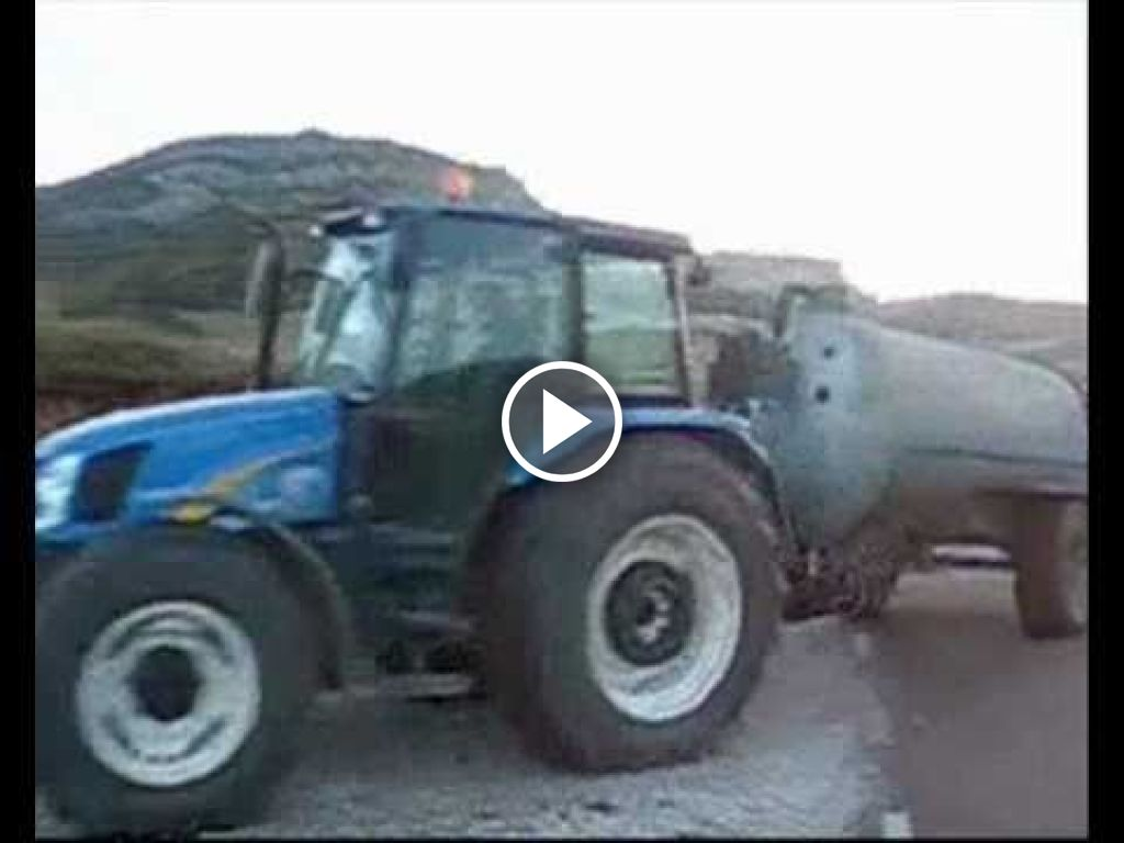 Video New Holland TL 100 A