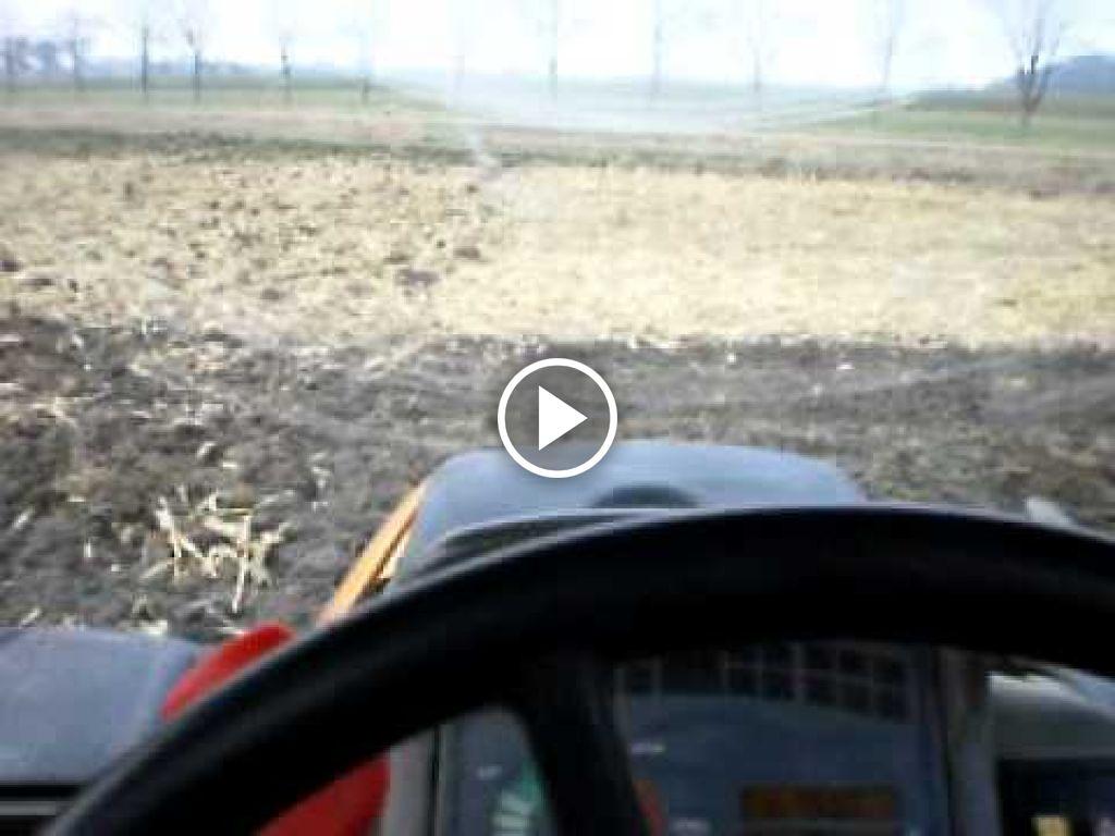 Vidéo Renault Ares 550 RZ