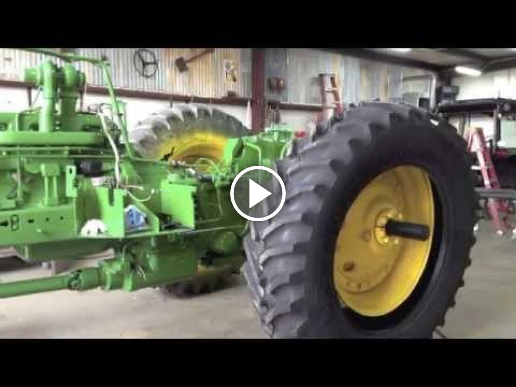 Video John Deere 4560