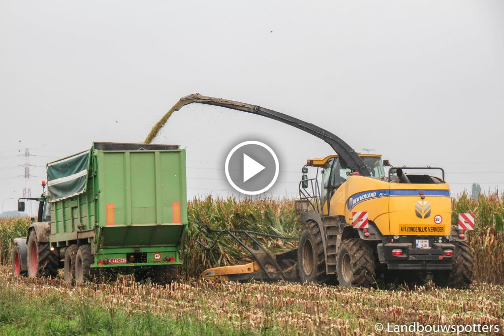 Video New Holland FR 700