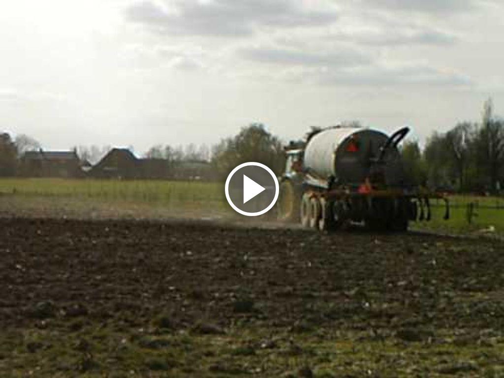 Wideo John Deere 6820
