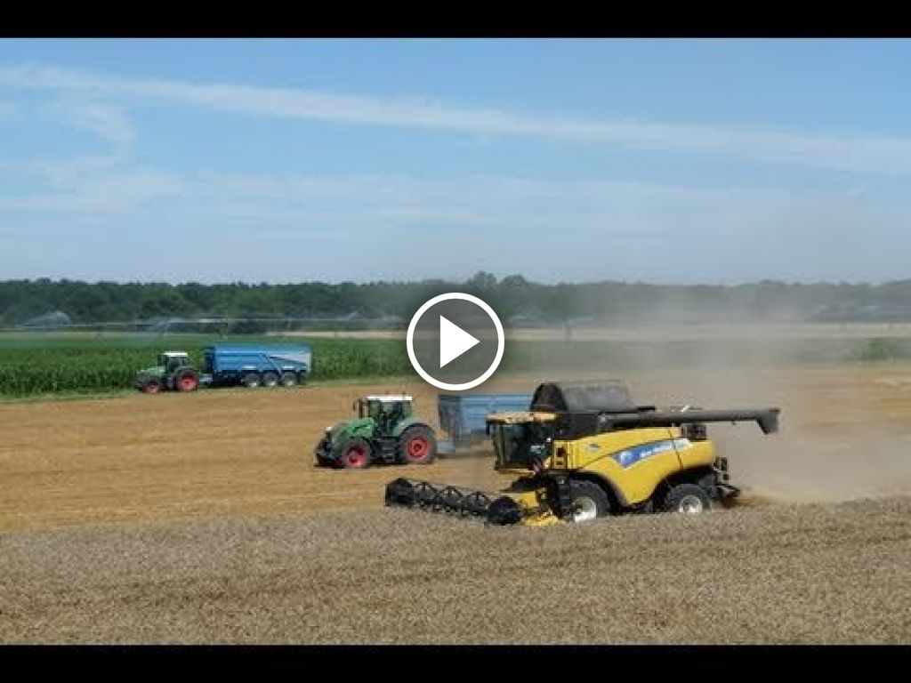 Video New Holland CR 9070