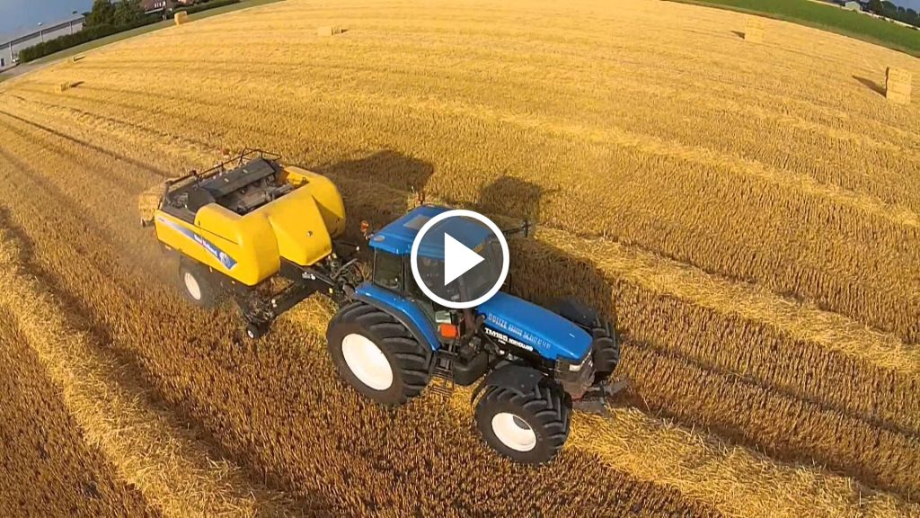 Video New Holland BB 9080
