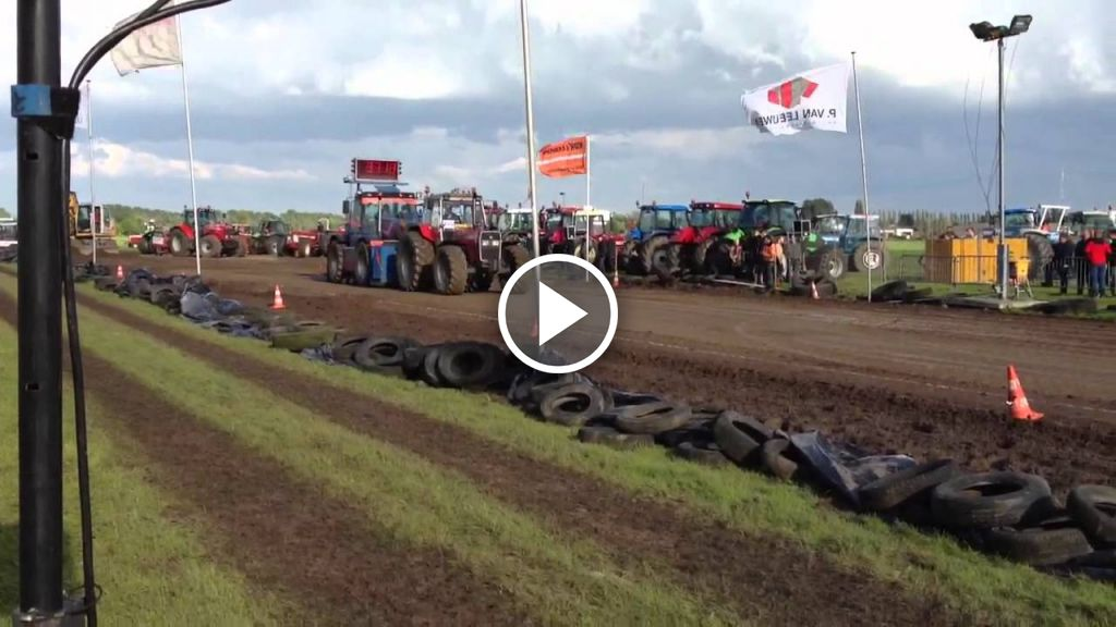 Vidéo Massey Ferguson 399