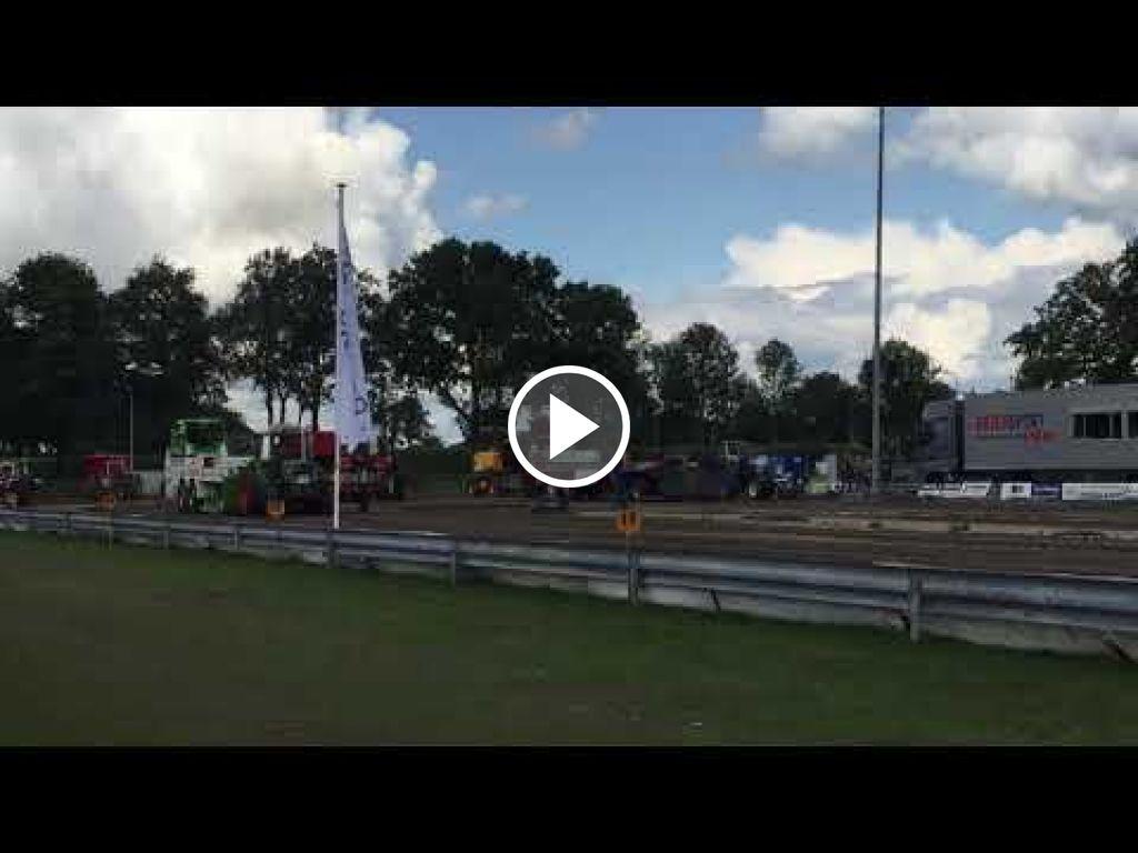 Video Fendt 305 LS