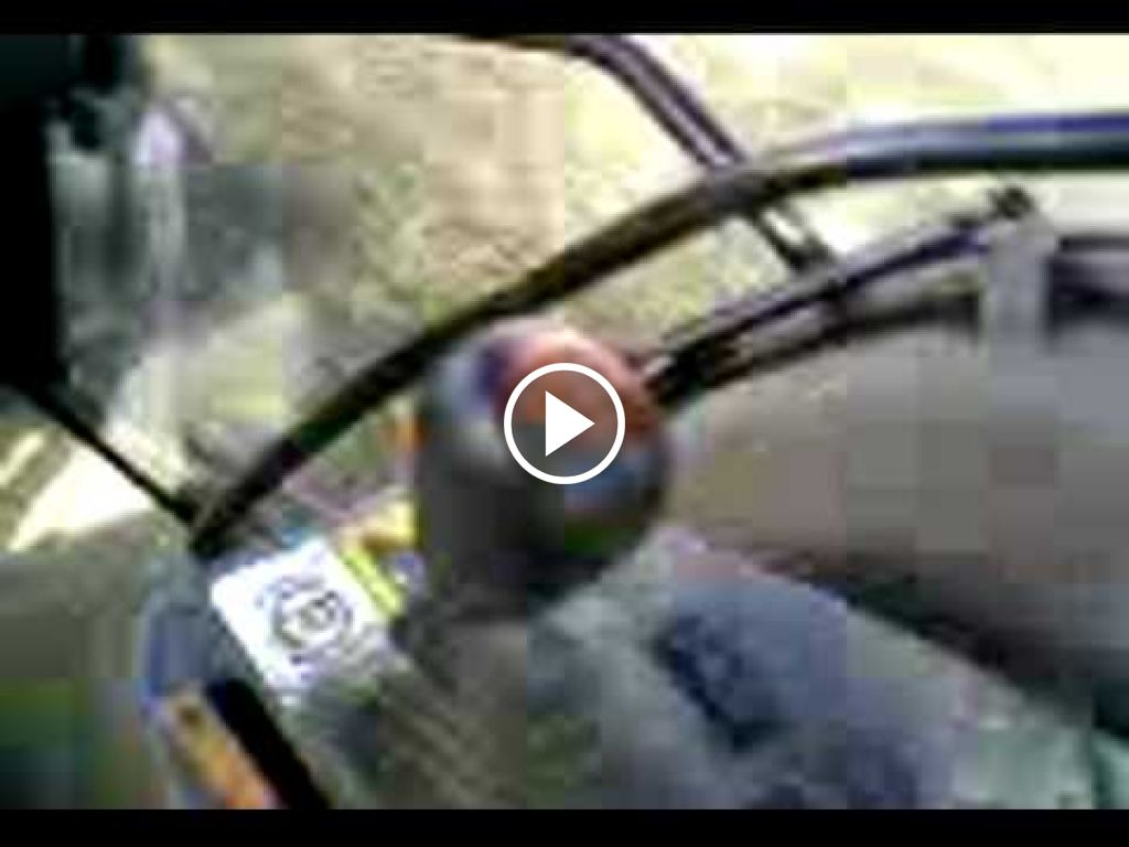 Video New Holland G 210