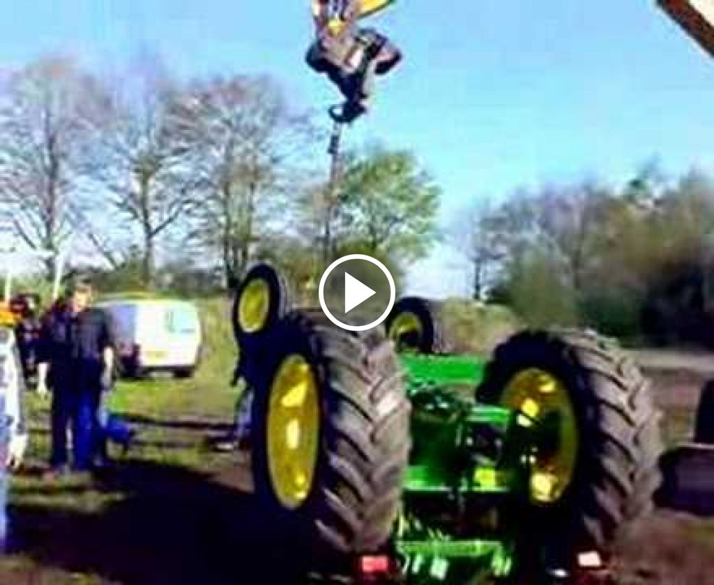 Wideo John Deere Blooper