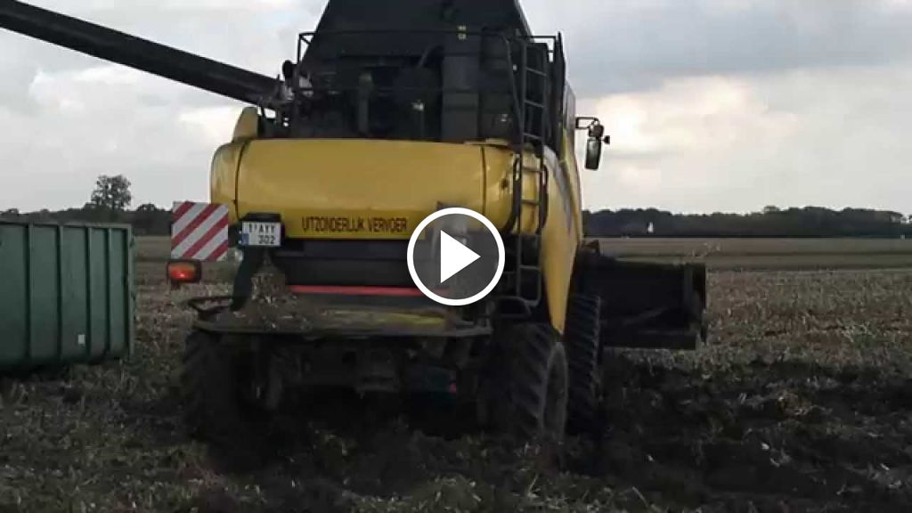 Video New Holland CR 9090