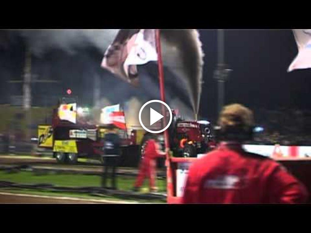 Video Massey Ferguson 6499