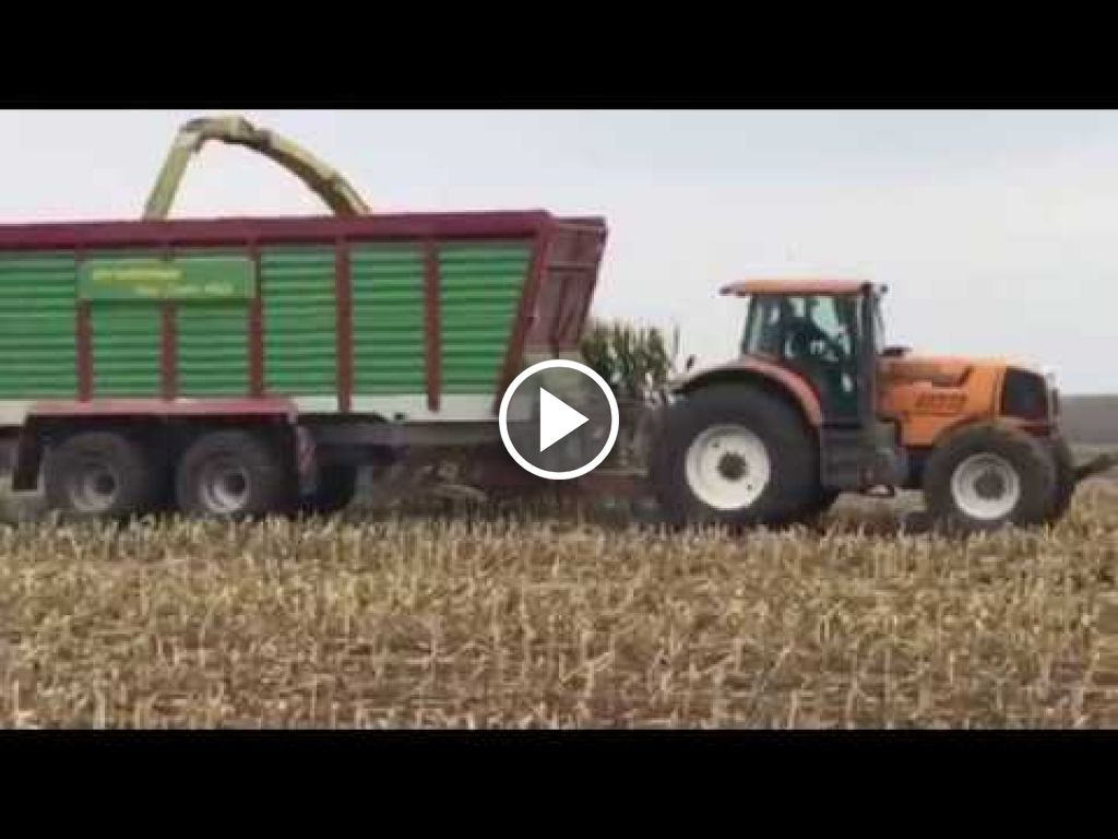 Wideo John Deere 8800i
