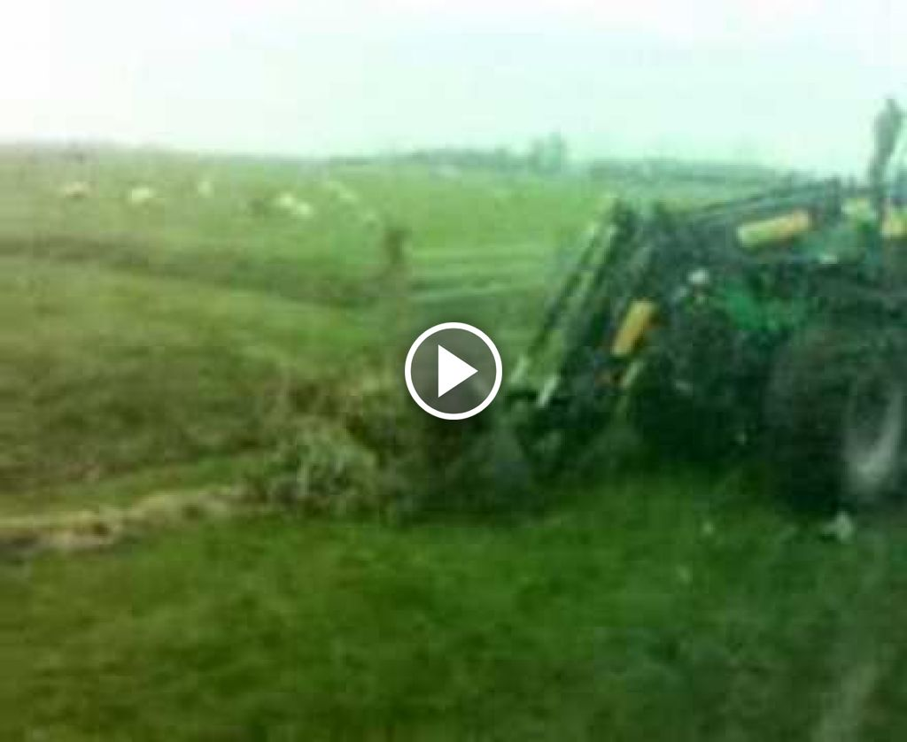 Video Deutz-Fahr Agrotron 120