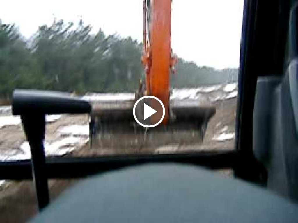 Wideo Hitachi Zaxis 80
