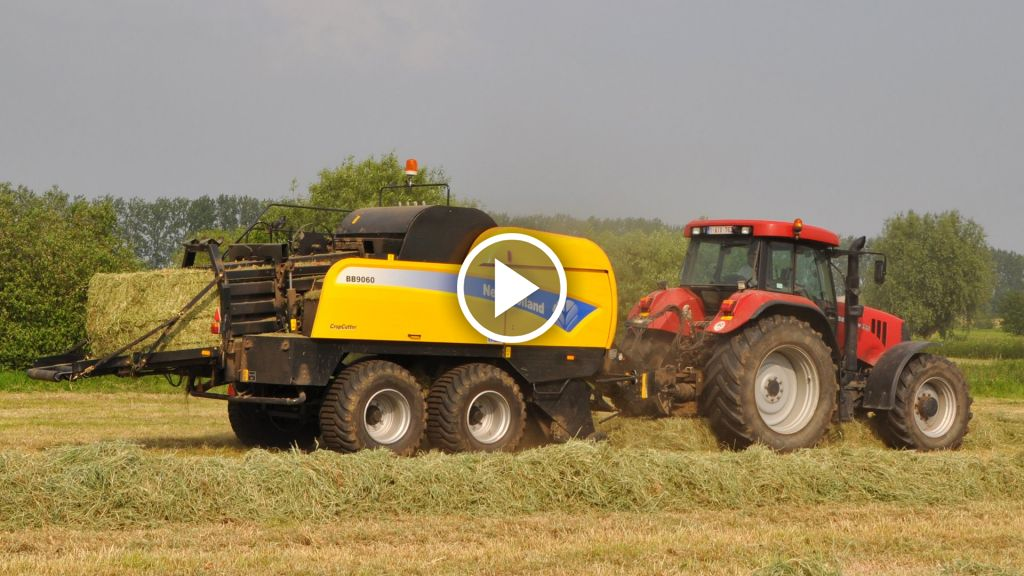 Video New Holland BB 9060